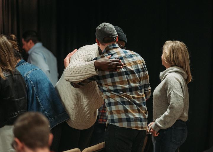 connect groups hug